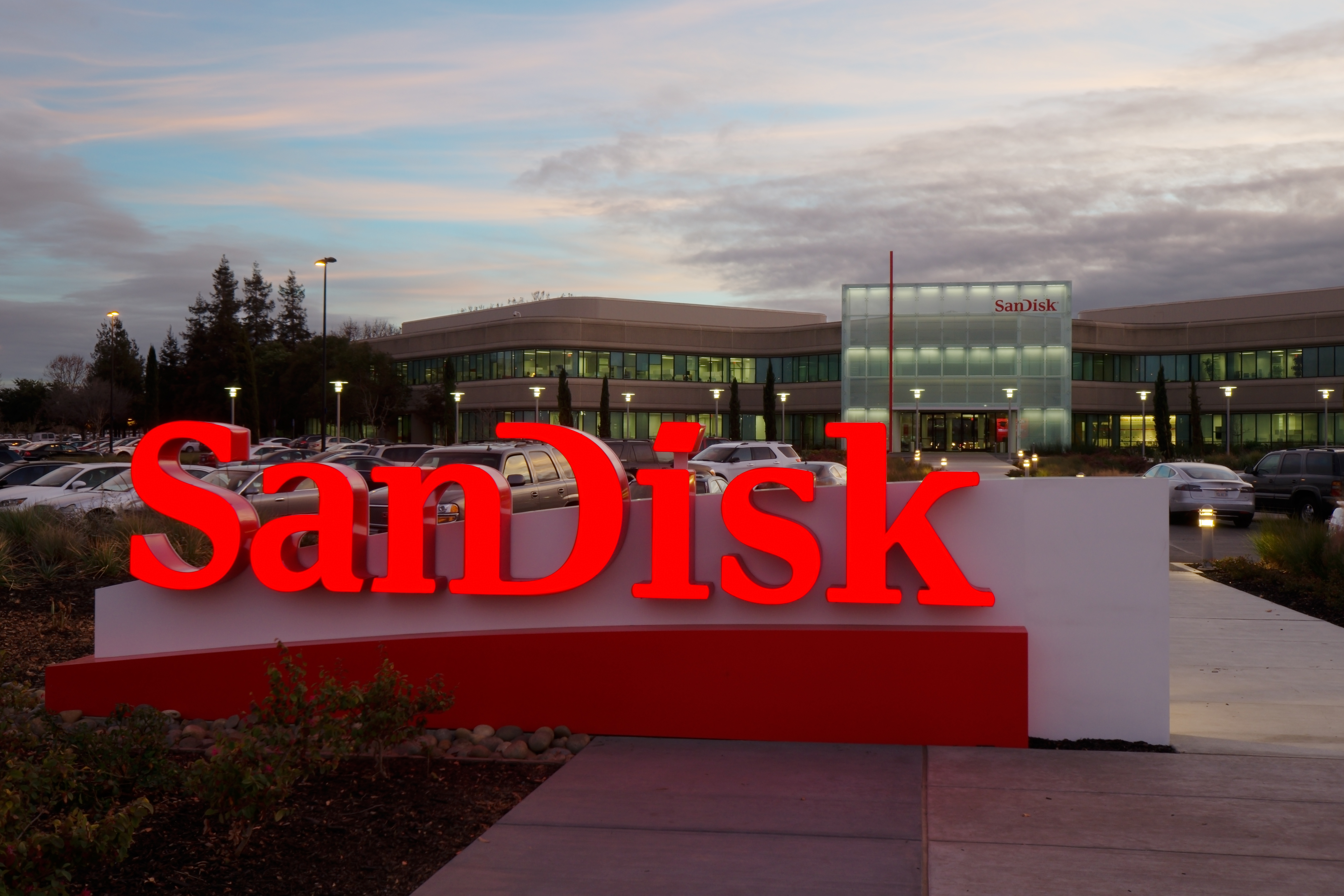 SanDisk; The Memory Card Company Gets Acquired For $19b/3.7tr Naira
