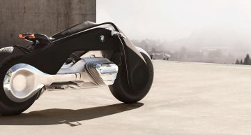 With Smart Bikes Like The BMW Motorrad Vision Next 100, You Don't Need A Helmet