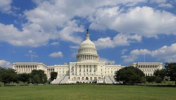 """US Senators Introduce Bill To Ban Social Networks From """"Misleading"""" Users"""