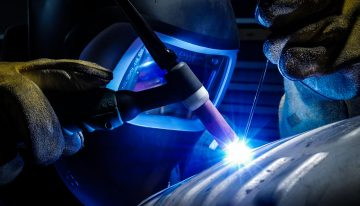 4 Reason Tech Geeks Should Get Into Welding