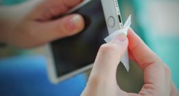 Apple Says You Can Now Clean Your iPhone And iPad With Disinfectant Wipes