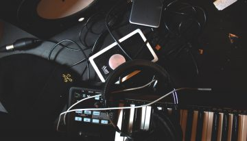 Tips For Organizing And Maintaining Podcast Recording Equipment