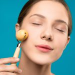 4 Cool New Beauty Gadgets You Need To Try In 2021